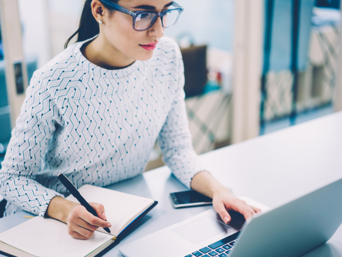 Công việc của trợ lý kinh doanh - 4 kỹ năng cốt lõi để trở thành trợ lý giỏi