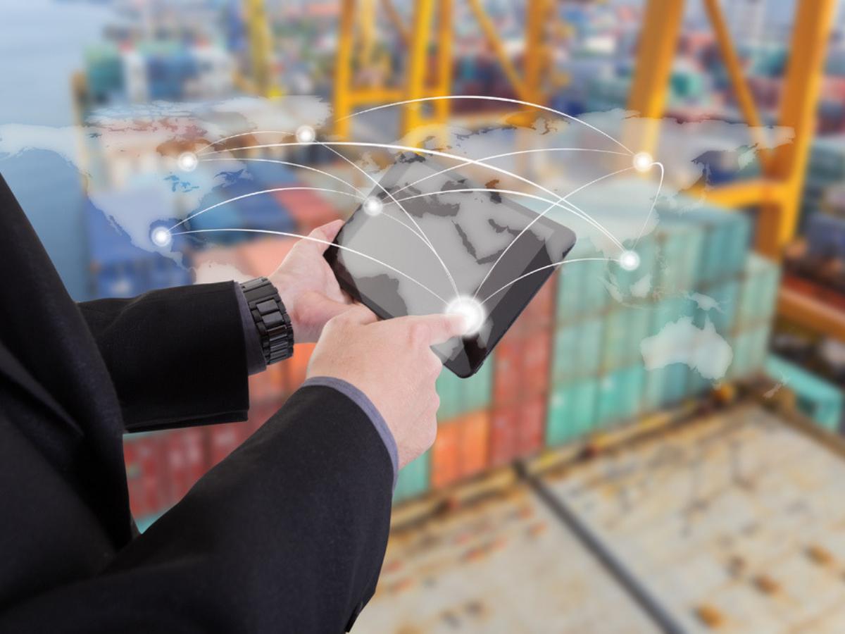 Tìm hiểu về ngành xuất nhập khẩu: 6 kỹ năng quan trọng cốt lõi