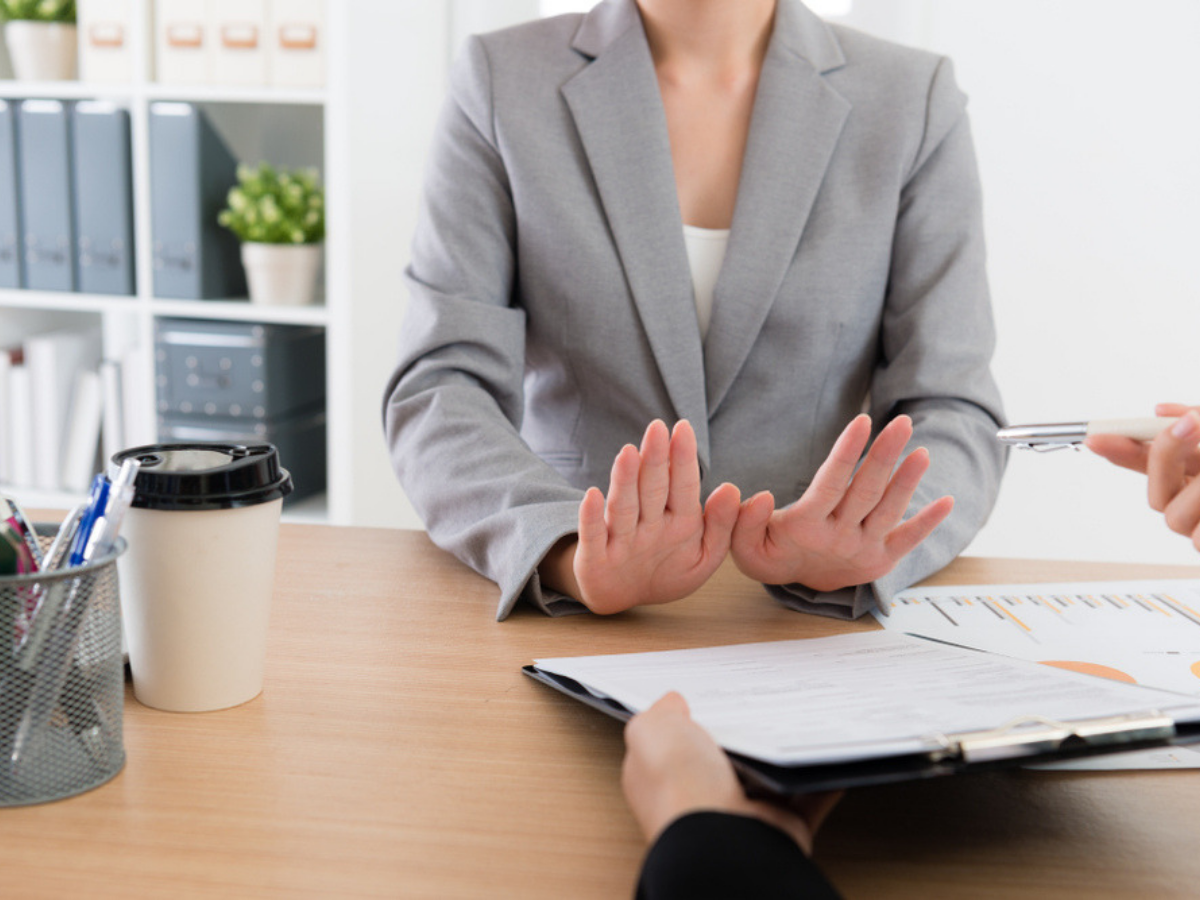 cách viết thư email từ chối công việc khéo léo cho nhà tuyển dụng