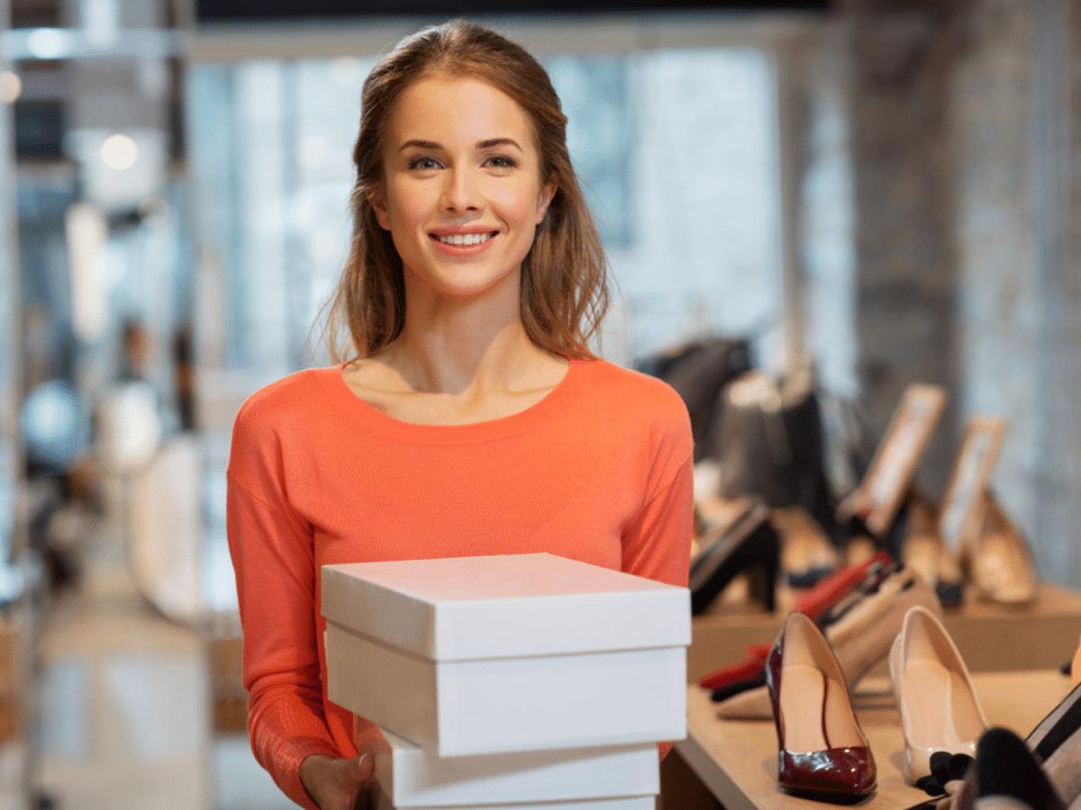 """Người bán hàng: 10 yếu tố để """"buôn may bán đắt"""""""