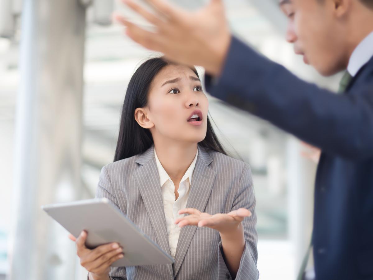 Chốn công sở: Cách đối phó với đồng nghiệp không chịu hợp tác