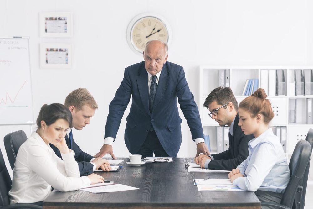 Người quản lý thường đối mặt với 1 trong số 7 cái bẫy tâm lý sau