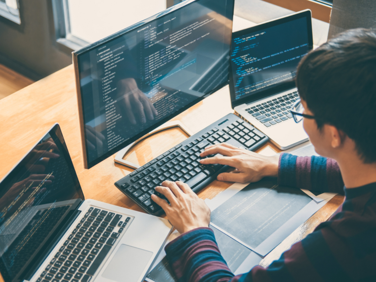 Lập trình viên - Tập 1: Điều gì tạo nên một lập trình viên chuyên nghiệp?