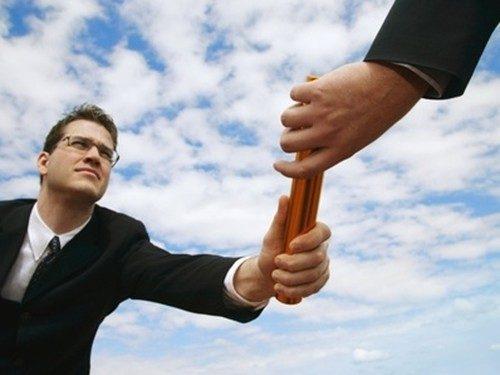 Giao quyền - kỹ năng quản lý nhân sự giúp cấp dưới tự chủ được mọi việc