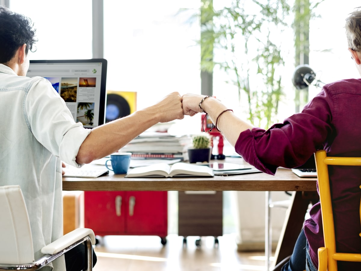 Nhận diện những kiểu đồng nghiệp không nên kết giao