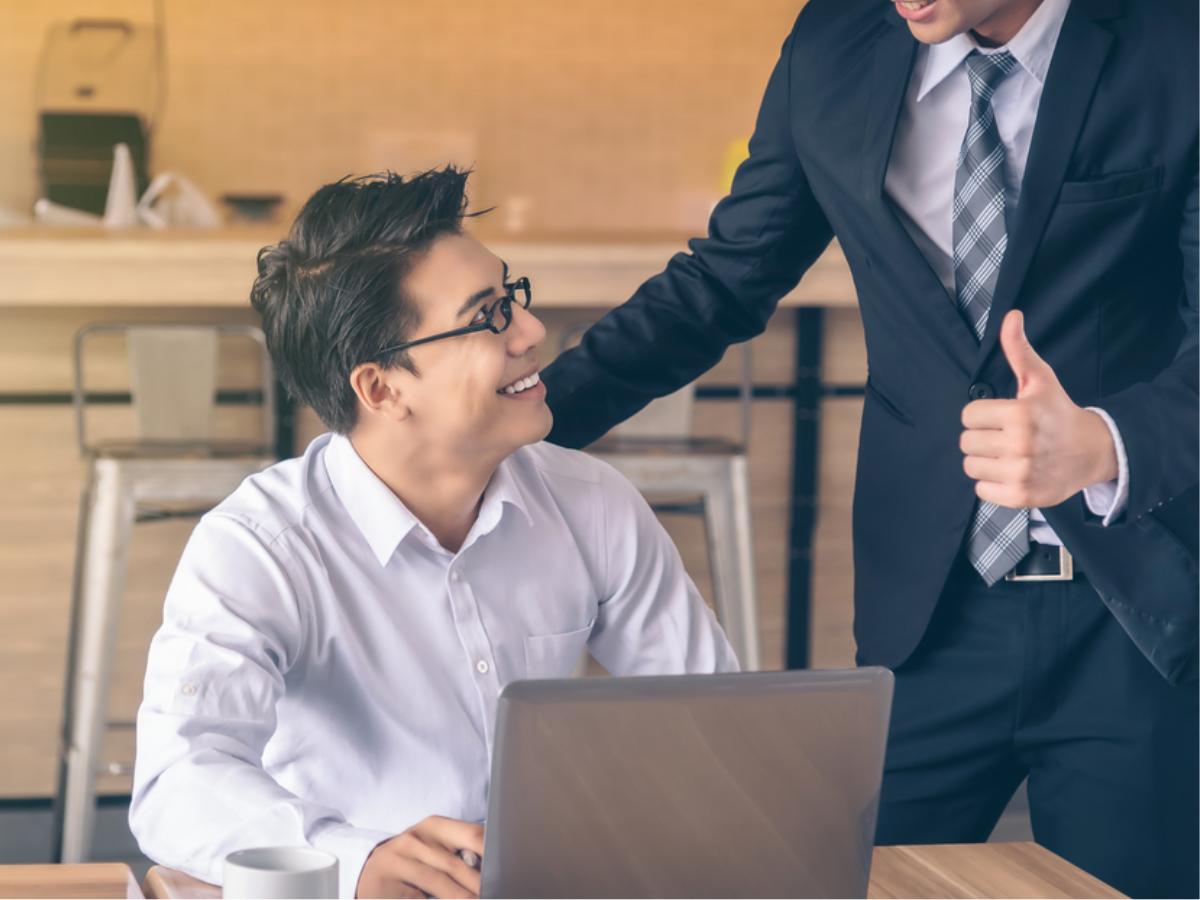 """Cân bằng cuộc sống với 5 cách khi làm chung với sếp """"nghiện công việc"""""""