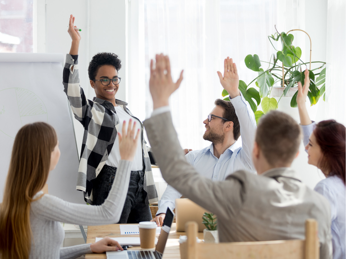 Sếp có biết: 55% nhân viên chọn học hỏi từ đồng nghiệp