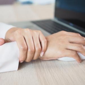 Tuổi 30 và căn bệnh về xương khớp của dân văn phòng 2