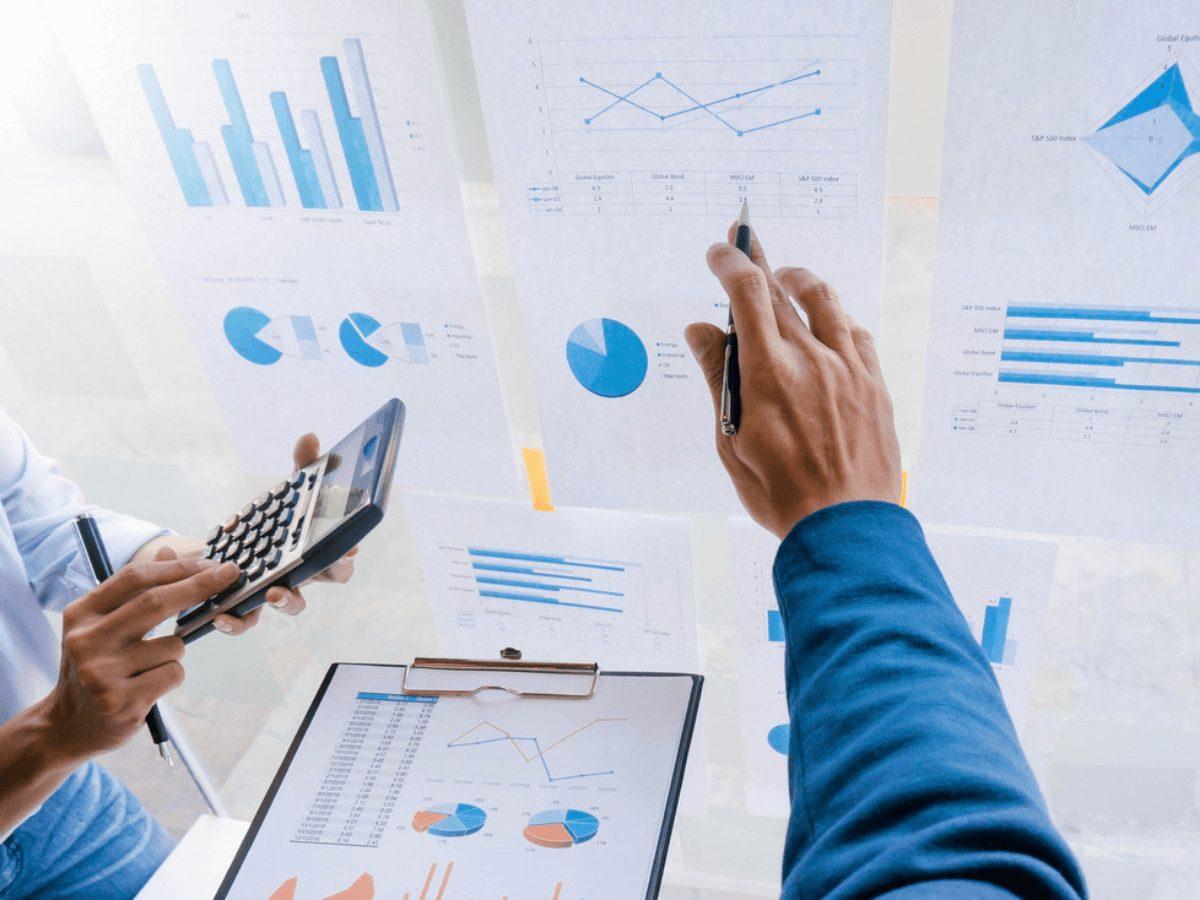 Định giá cổ phiếu bằng phương pháp chiết khấu dòng tiền DCF