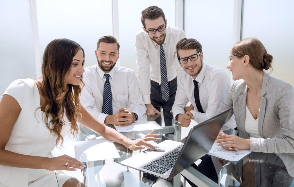 Đừng để kỹ năng giao tiếp tồi tệ của sếp kéo sự nghiệp của bạn đi xuống