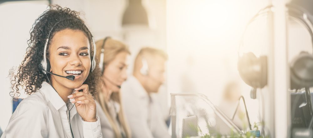 5 cách nói chuyện với khách hàng khi tư vấn qua điện thoại