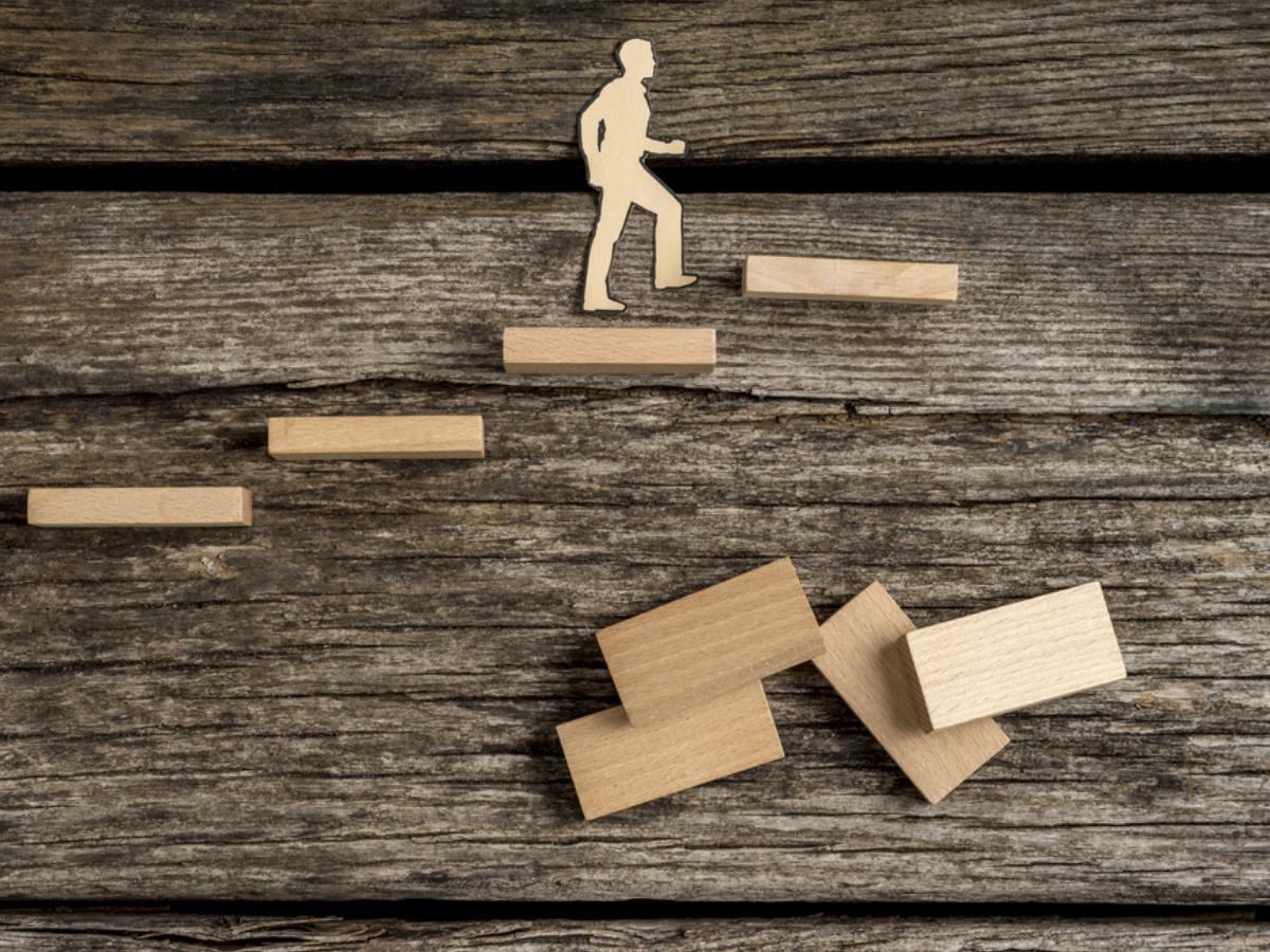 Công việc ổn, lương cao nhưng vẫn cảm thấy chán? Dưới đây là lý do và cách giúp bạn khắc phục