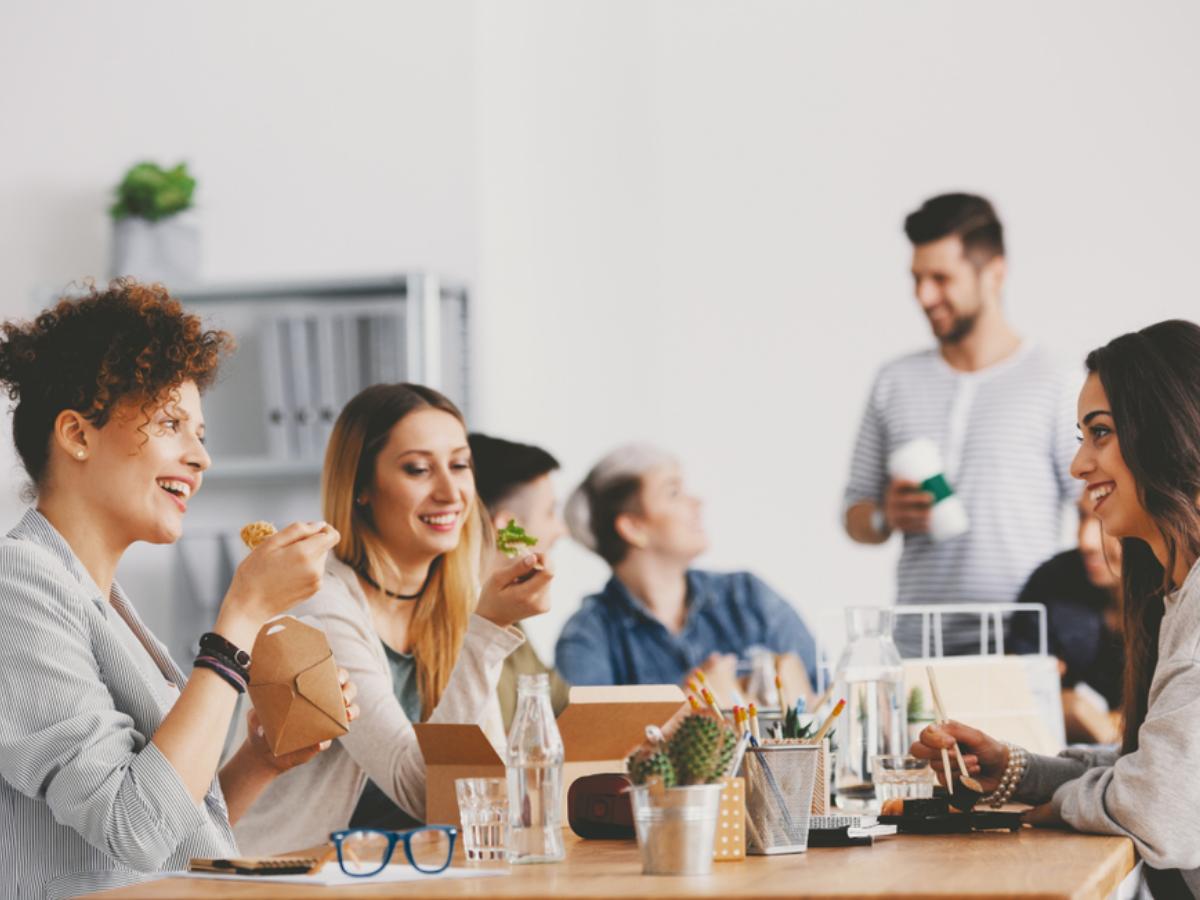 Dân văn phòng thử ngay 5 điều sau để nâng cao tinh thần và sức khỏe
