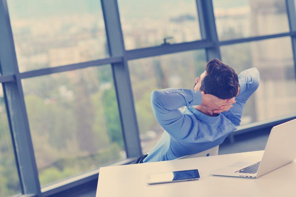 Nguyên tắc công sở dành riêng cho nhân viên mới: Muốn được việc, phải được lòng người!