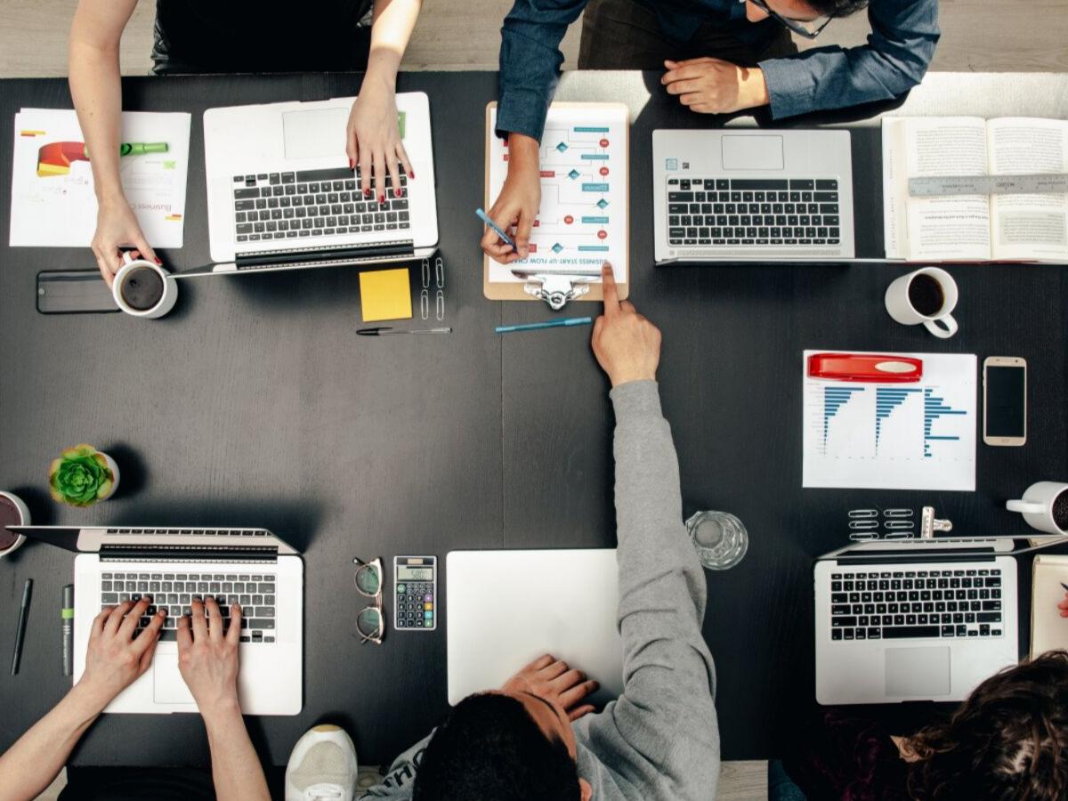 Cách quản lý nhân sự: 7 cách giúp nhân viên làm việc hiệu quả