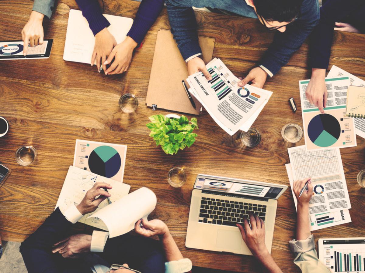 Muốn Làm Marketing Chuyên Nghiệp, Hãy Bắt Đầu Nghĩ Về Ngành Hàng