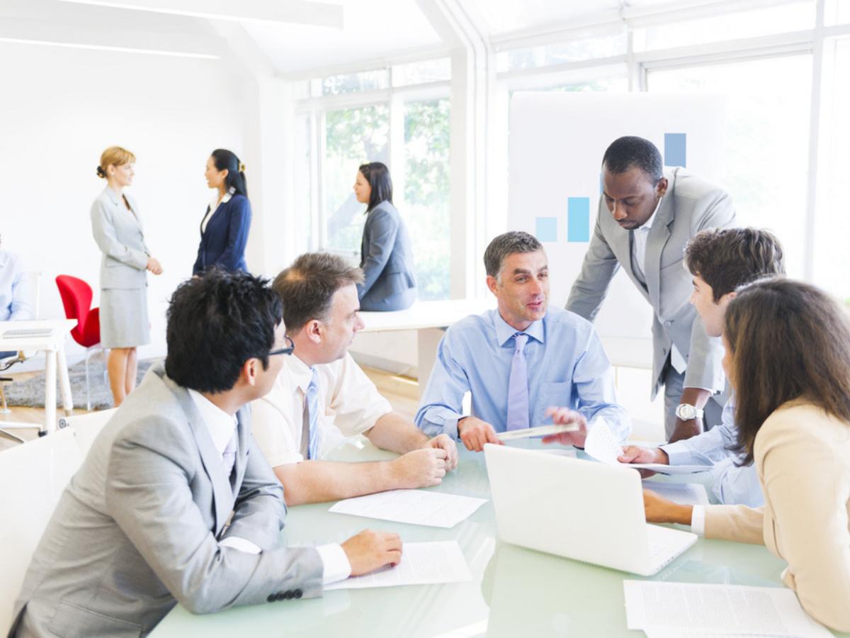 Ngành Sales và góc nhìn đa chiều về công việc của nhân viên Sales