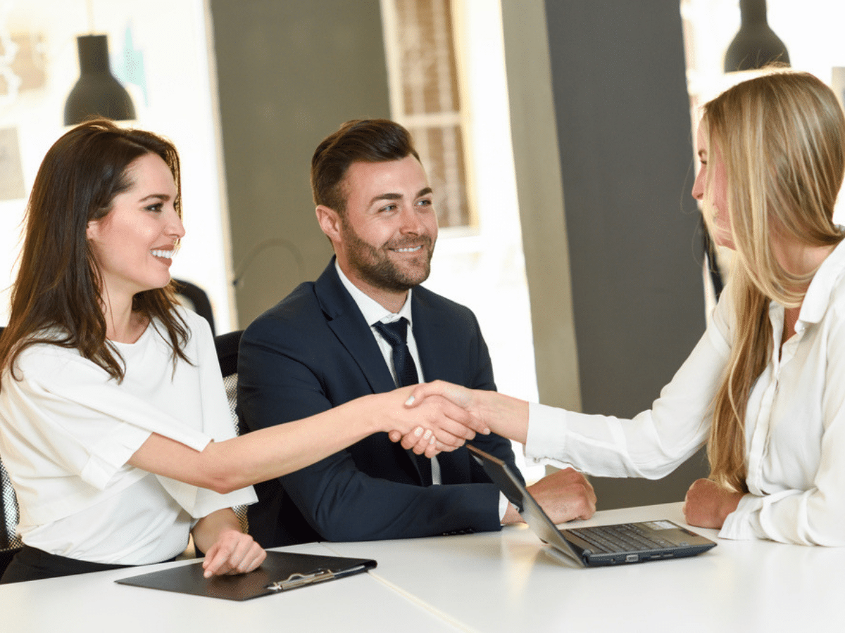 Giới thiệu bản thân: 4 Tips dành cho buổi phỏng vấn thành công
