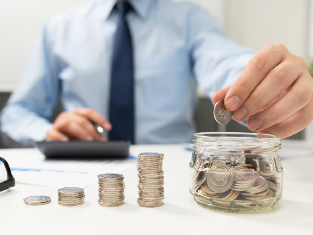 Có bắt buộc phải tự quyết toán thu nhập cá nhân nếu một năm NLĐ có hai nguồn thu nhập?