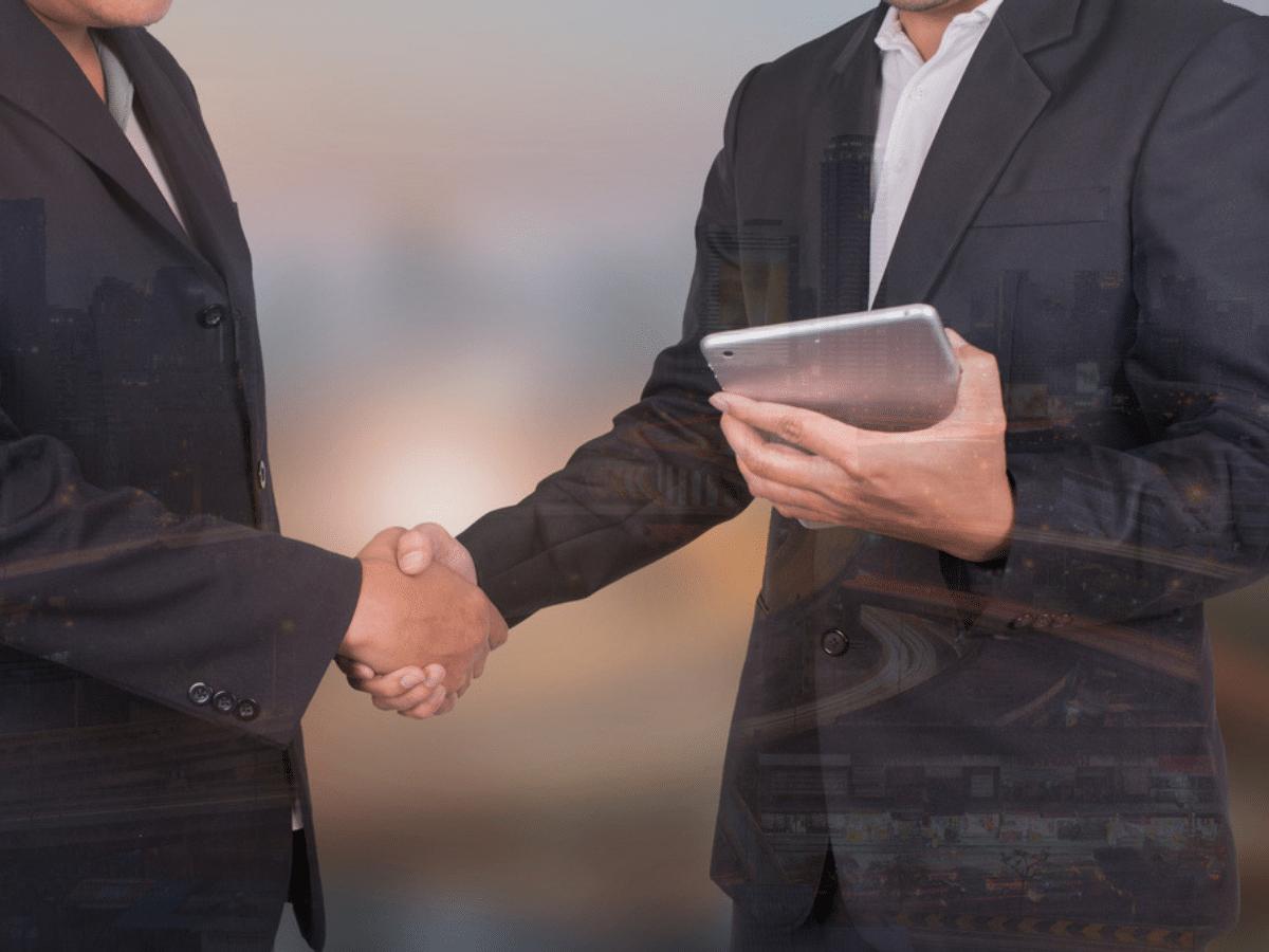 """Cách tư vấn khách hàng giúp """"hạ gục"""" khách hàng từ lần gặp đầu tiên"""