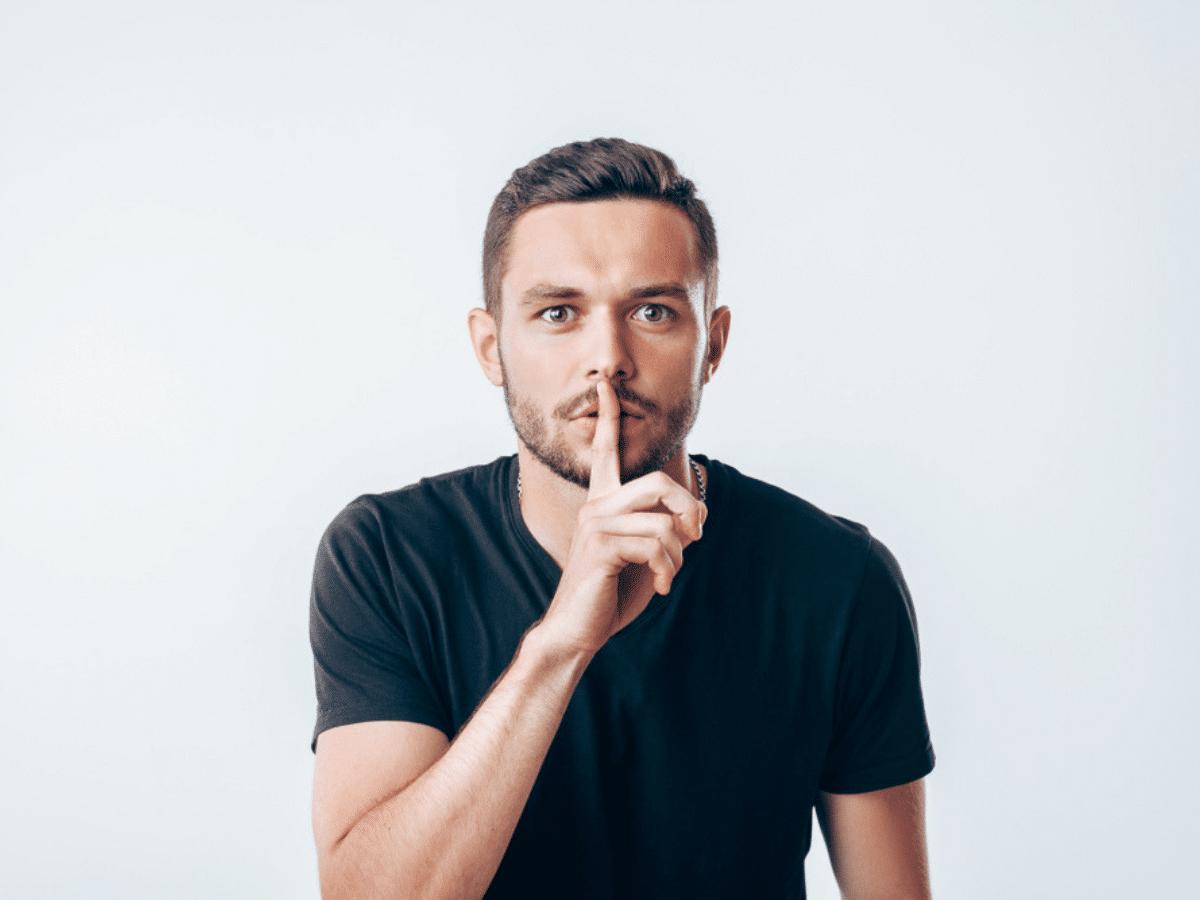 Liệu bạn có nên giữ bí mật về lương tháng của mình?