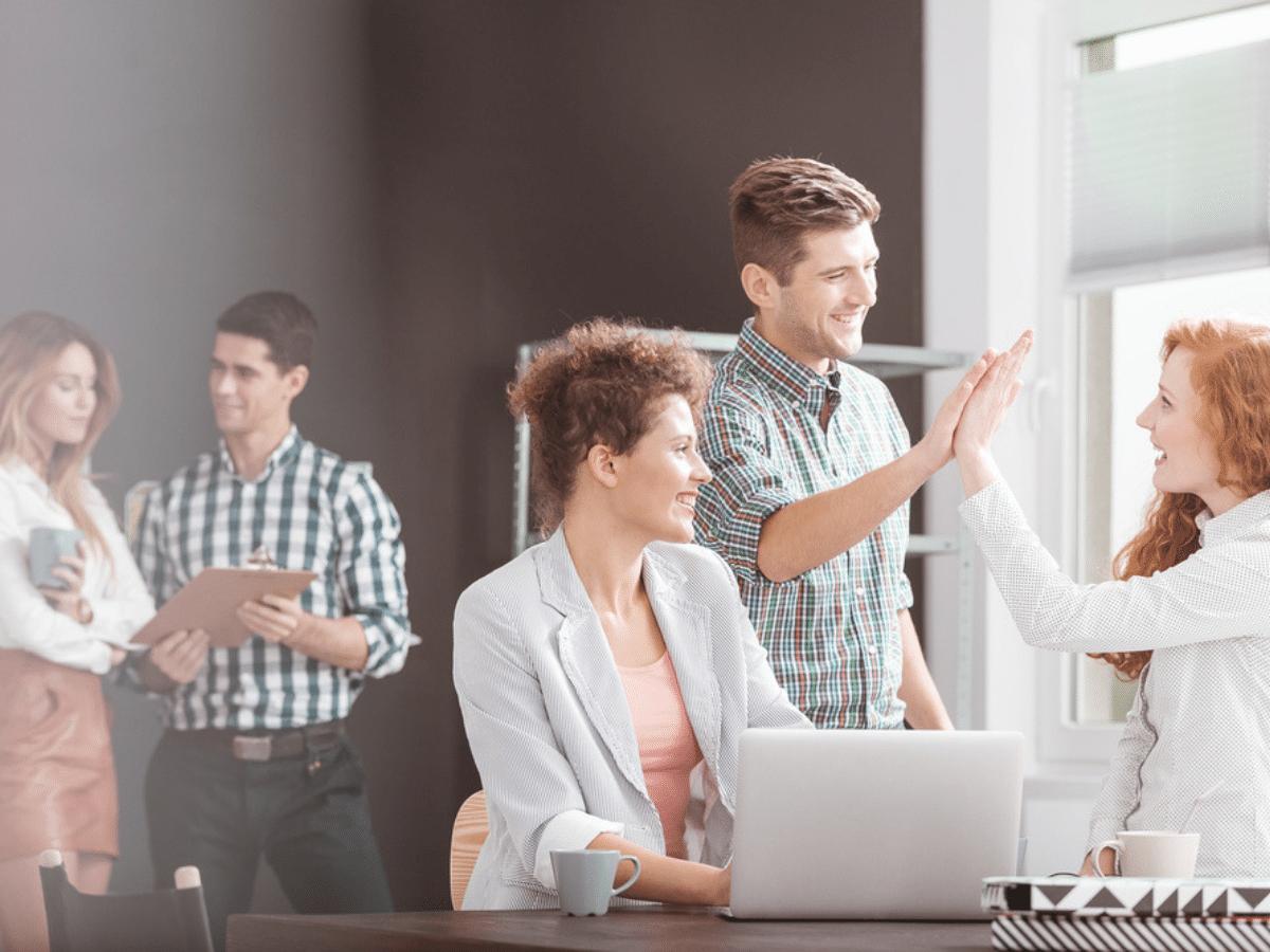 Dấu hiệu nhận biết môi trường làm việc lý tưởng cho dân văn phòng