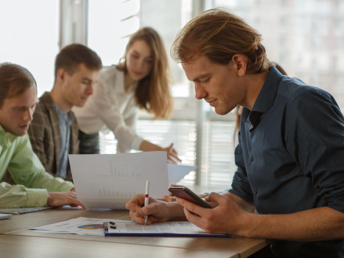 Những cách giúp bạn cân bằng giữa làm việc độc lập và làm việc nhóm