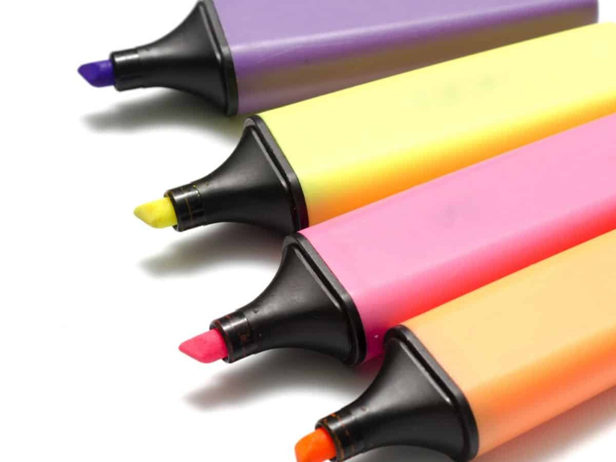 Cây bút highlight bạn thích nhất sẽ giúp bạn hiểu thêm về cách giao tiếp ứng xử của mình trong xã hội