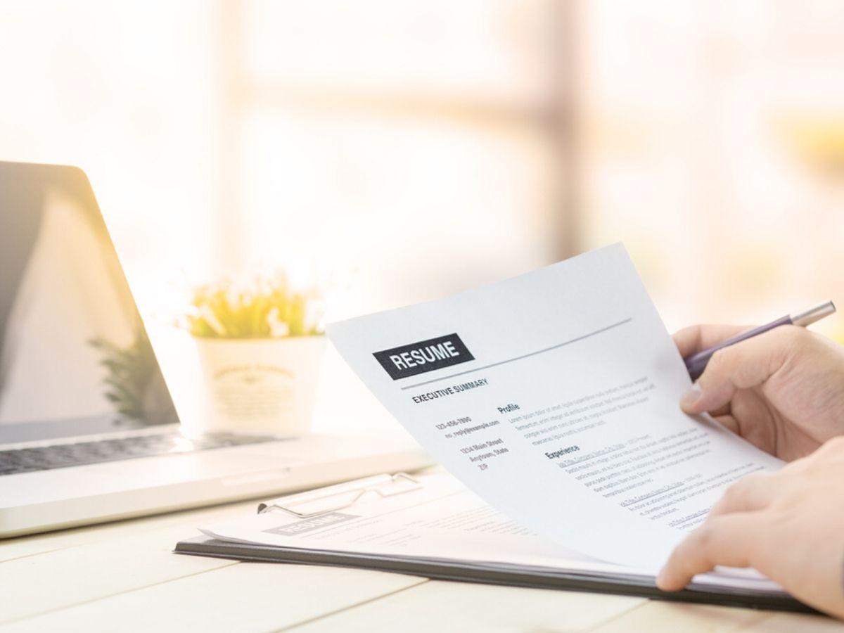 Ứng tuyển công việc chưa có kinh nghiệm, bạn cần ghi gì trong CV?