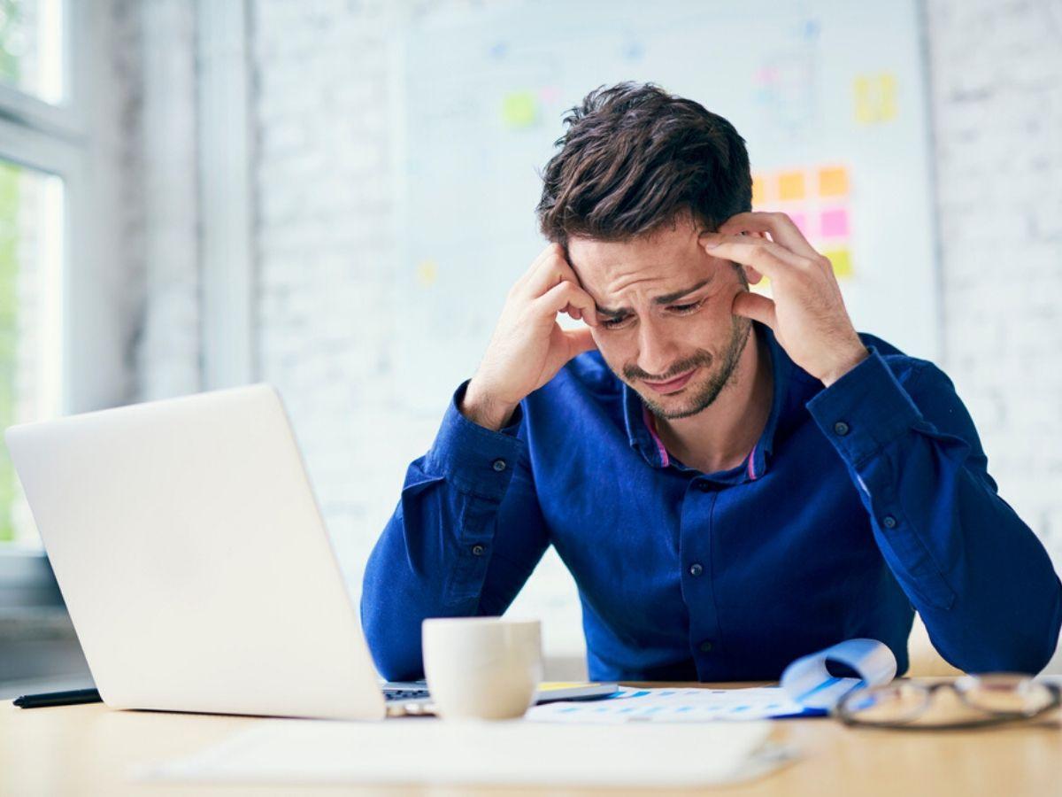 Làm thế nào để dân văn phòng đối phó với cảm xúc tiêu cực?