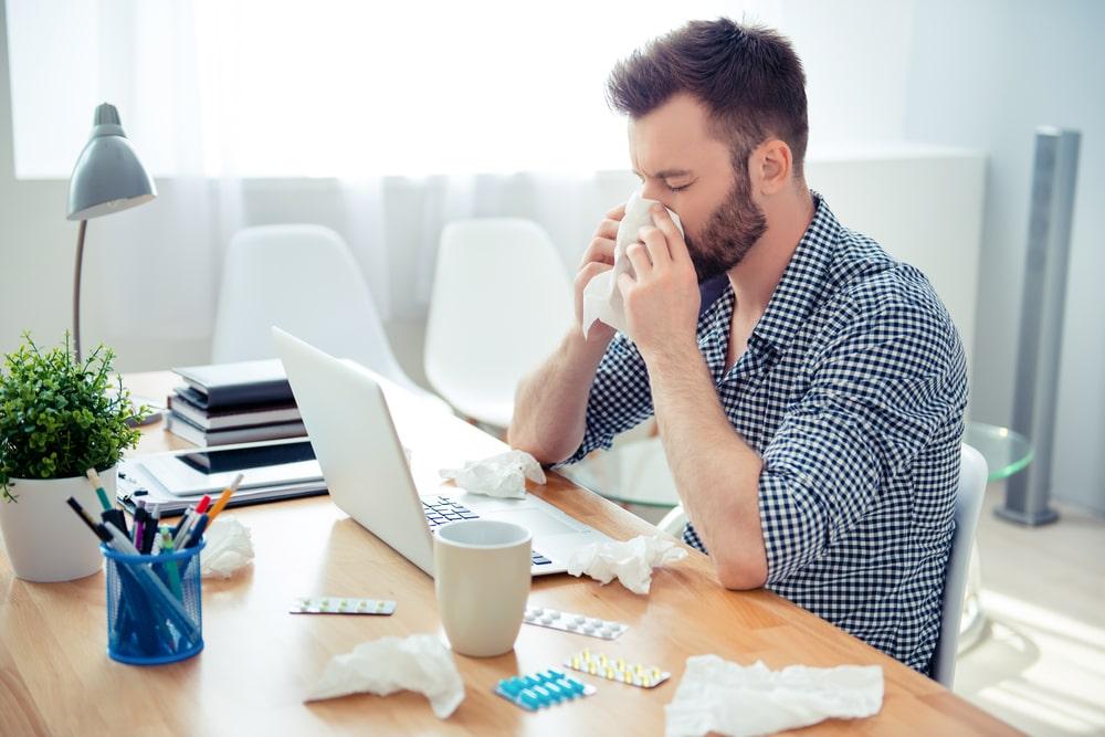 10 thói quen xấu người trẻ hay mắc phải khi làm việc