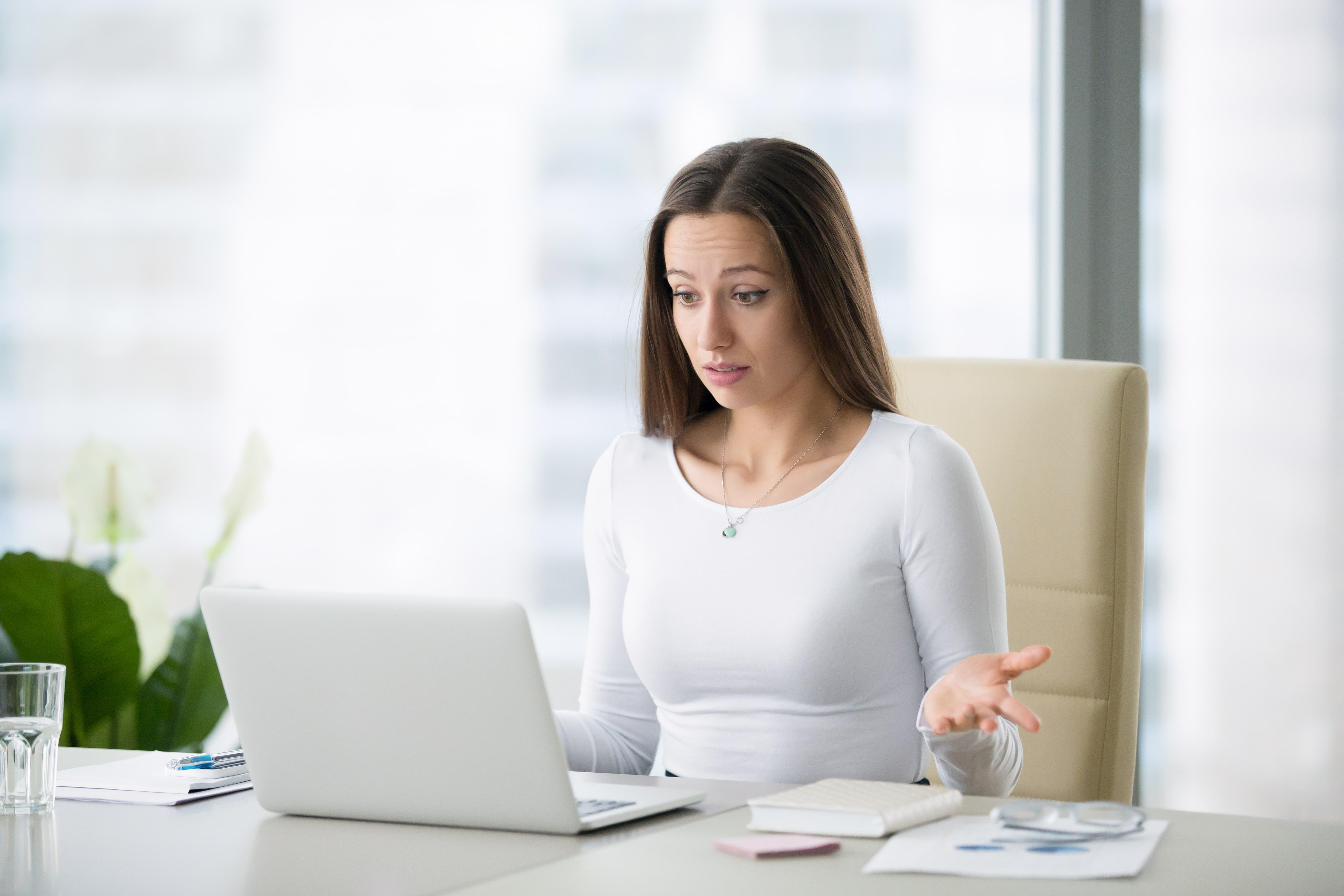 Làm việc tại công ty gia đình nên chuyện lương thưởng mập mờ là bình thường?