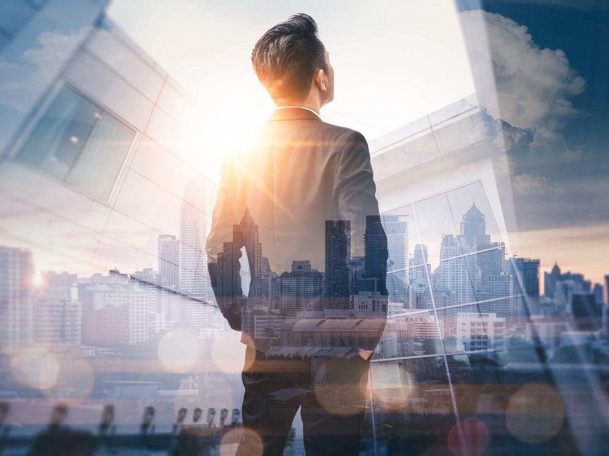 Yếu tố người tài nhắm tới hàng đầu là sếp có tầm nhìn và có chiến lược rõ ràng hay không? đội ngũlãnh đạo, yếu tố giữ chân nhân tài