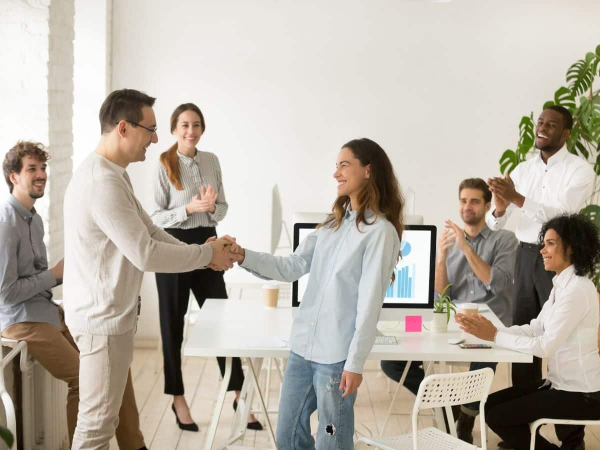 Ba mốc thời gian cần nhớ để giúp nhân viên mới làm việc hiệu quả