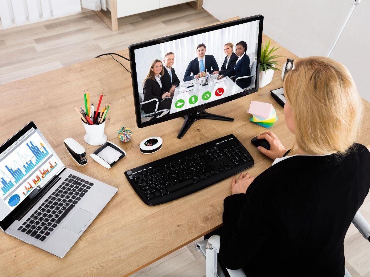 Bạn cần chuẩn bị những gì cho buổi phỏng vấn online?