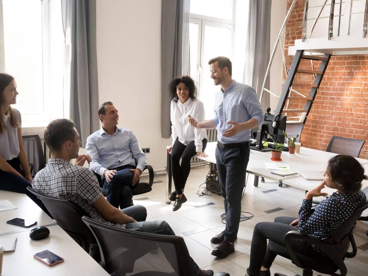 """Nhà quản lý phải thật kiên nhẫn và vững vàng trước những nhân viên """"giàu cảm xúc"""" này"""