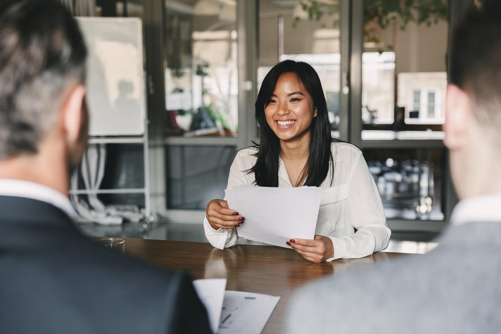 """""""Deal lương và benefits"""" trong phỏng vấn: 5 bước chuẩn bị và 10 nguyên tắc đàm phán hiệu quả (phần 2)"""