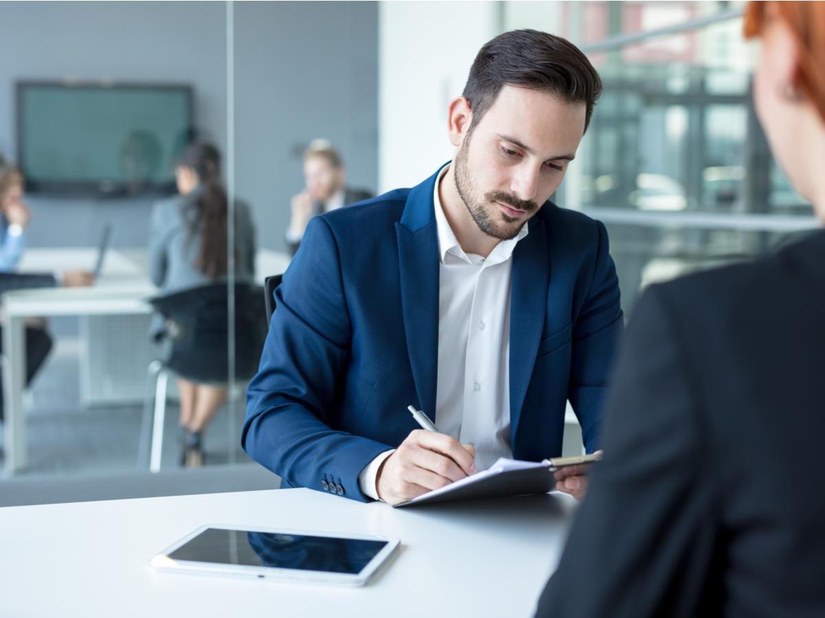 7 bước hiệu quả để đánh giá và tăng hiệu suất của nhân viên