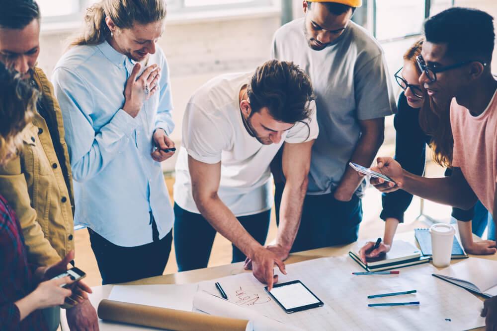 L'Oreal đã sử dụng mạng xã hội như thế nào để tăng cường sự tham gia của nhân viên