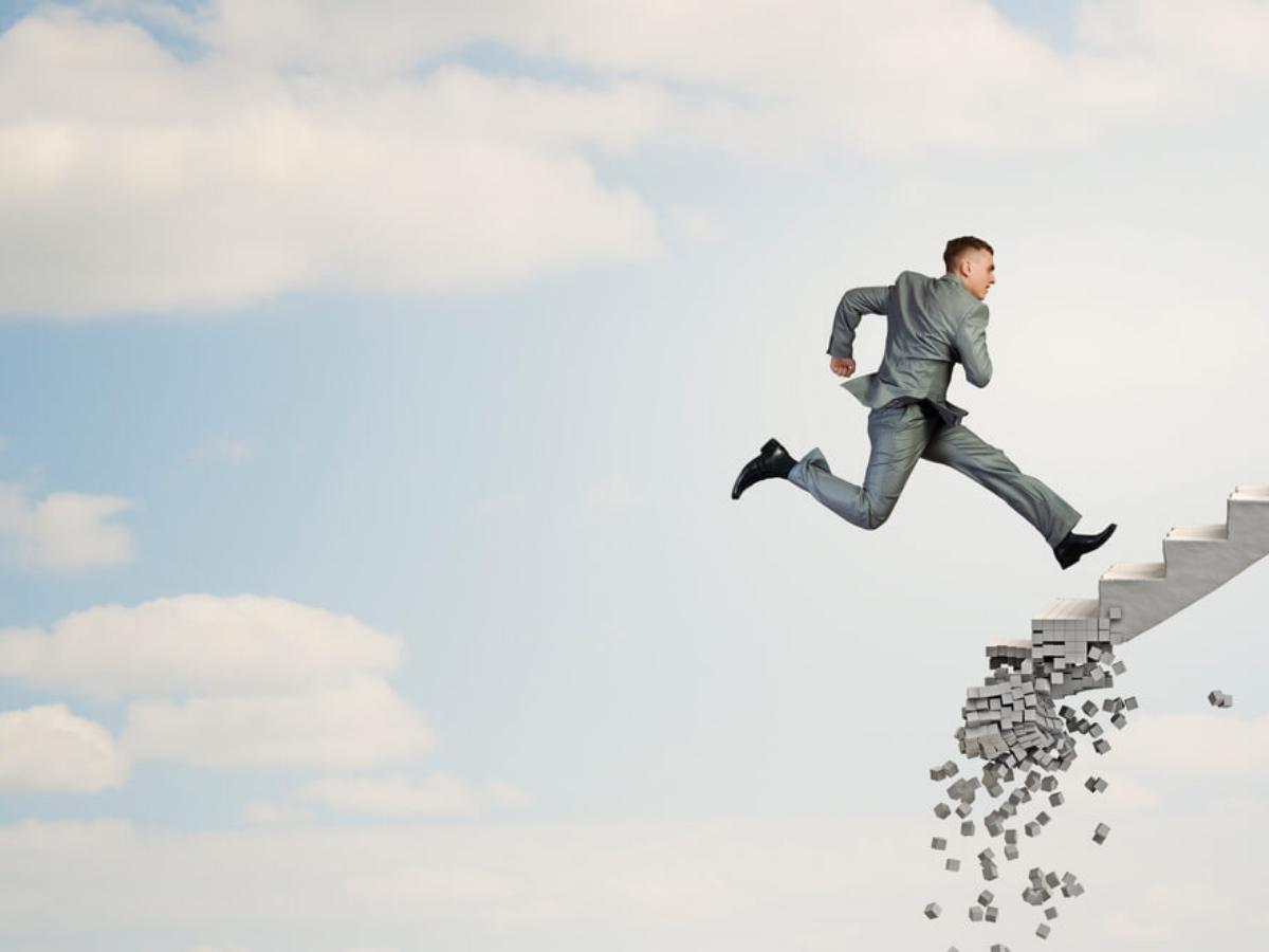 Cách dẫn dắt nhân viên vượt qua khủng hoảng: các CEO nói rằng hãy bắt đầu với 4 điều này