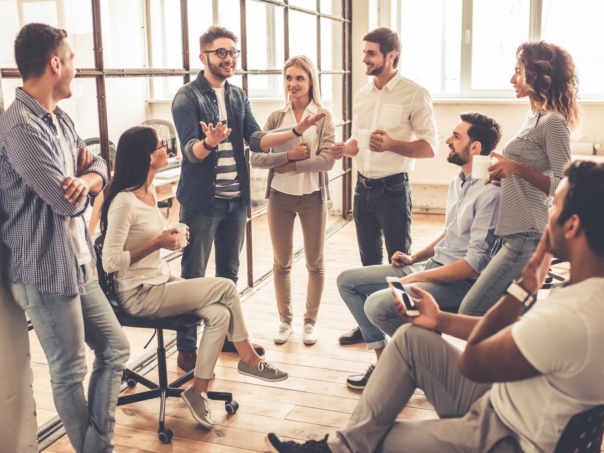 Nhà quản lý nên làm gì khi bị gắn mác giao tiếp vô cảm?