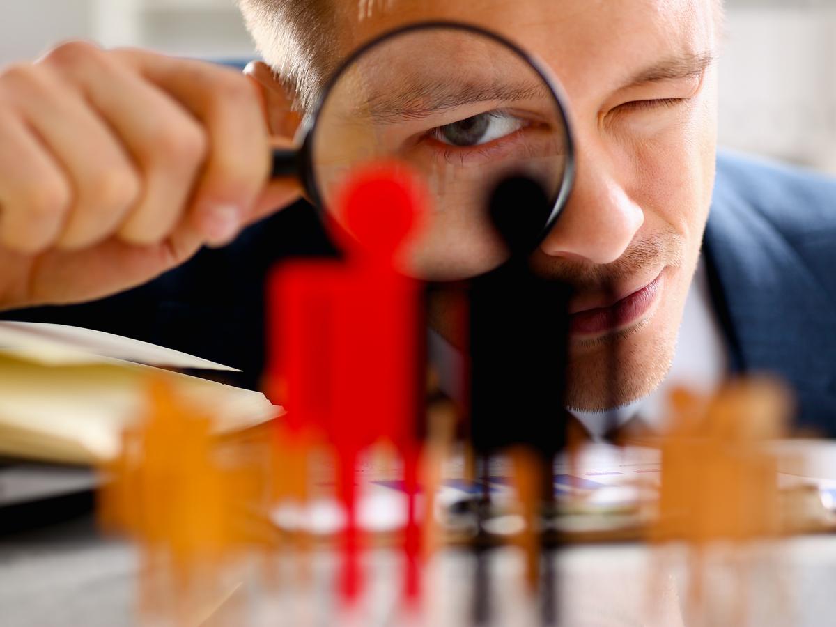 Nhân viên làm việc kém hiệu quả nên xử lý như thế nào?
