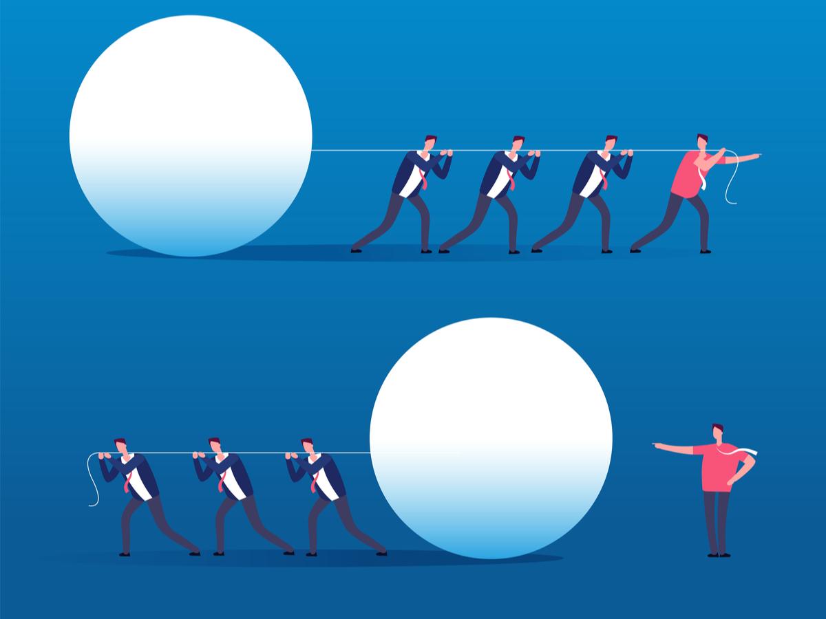 """Nhà quản lý nên làm thế nào để """"vừa lãnh đạo giỏi, vừa hài lòng"""" nhân viên?"""